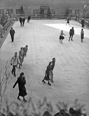 Skating At Rockefeller Center Poster by Underwood Archives