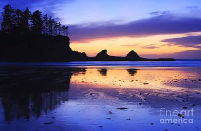 Sunset Bay Poster by Mark Kiver