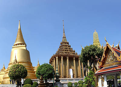 Temple Of The Emerald Buddha - Grand Palace In Bangkok Thailand - 01137 Poster by DC Photographer