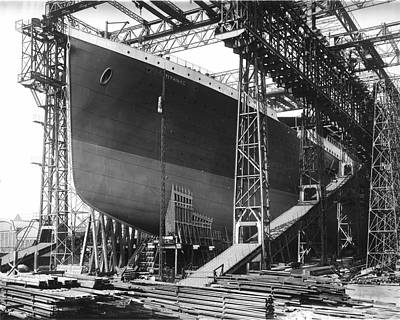 Titanic Under Construction Poster by Stefan Kuhn