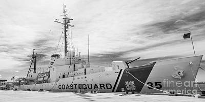 Us Coast Guard Cutter Ingham Whec-35 - Key West - Florida - Panoramic - Black And White Poster by Ian Monk