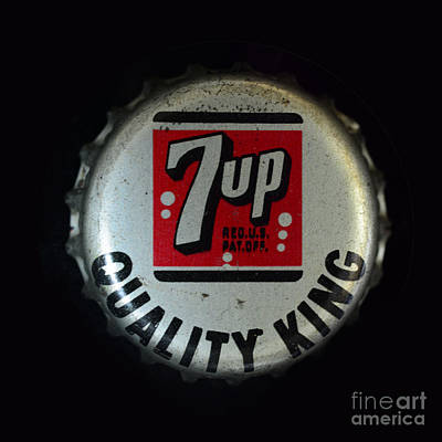 Vintage 7up Bottle Cap Poster by Paul Ward