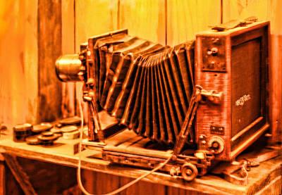 Vintage Format Camera Poster by Linda Phelps