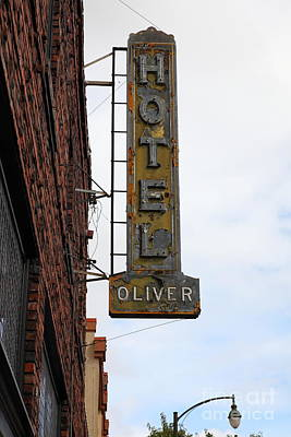 Vintage Hotel Oliver Santa Rosa California 5d25884 Poster by Wingsdomain Art and Photography