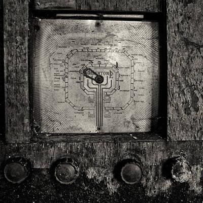 Vintage Radio Poster by Russ Dixon