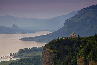 Vista House And The Gorge Poster by Andrew Soundarajan