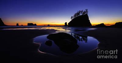 Washington Coast Sunset Pool Of Radiance Poster by Mike Reid