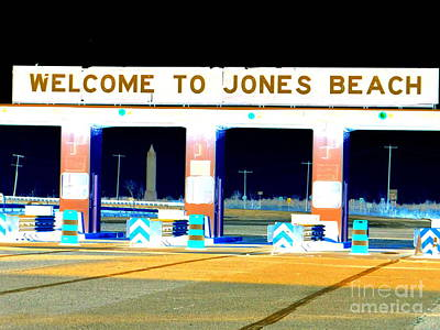 Welcome To Jones Beach Poster by Ed Weidman