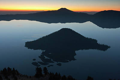 Wizard Island At Dawn, Crater Lake Poster by William Sutton