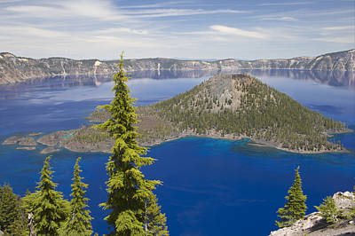 Wizard Island In Crater Lake Oregon Poster by Bill Coster