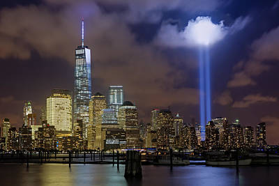 Wtc Tribute In Lights Nyc Poster by Susan Candelario