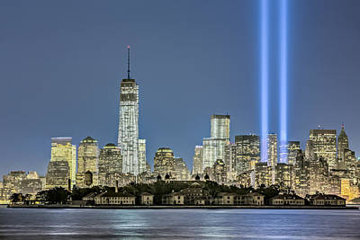Wtc Tribute In Lights Poster by Susan Candelario