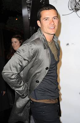 Orlando Bloom At Arrivals For Burberry Poster by Everett