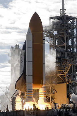 Space Shuttle Atlantis Lifts Poster by Stocktrek Images