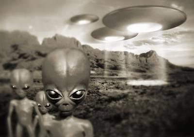 Alien Contact In The 1940s, Artwork Poster by Detlev Van Ravenswaay