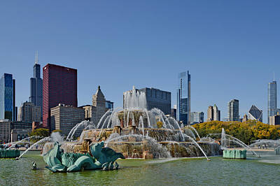 Buckingham Fountain Chicago Poster by Christine Till