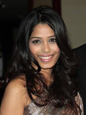 Freida Pinto At Arrivals For Arrivals - Poster by Everett