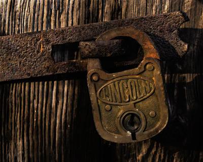 Lincoln Lock Poster by Steven Richardson