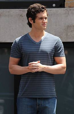 Penn Badgley On Location For Gossip Poster by Everett