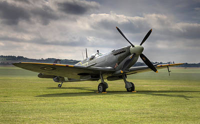 Spitfire Ready To Go Poster by Ian Merton