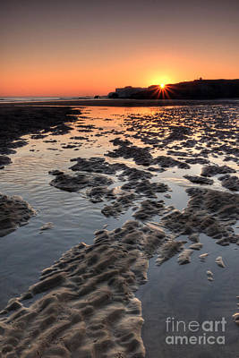 Sunrise At Trow Rocks II Poster by Ray Pritchard