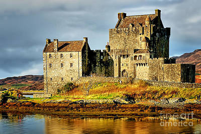 Eilean Donan Castle Poster by Stephen Smith