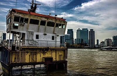 Abandon Ship Poster by Martin Newman