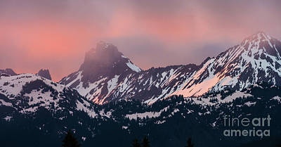 American Border Peak And Mount Larrabee At Sunset Poster by Mike Reid