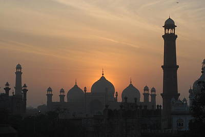 Badshahi Mosque At Sunset, Lahore, Pakistan Poster by Daud Farooq