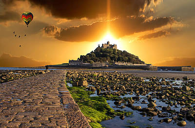 Ballooning Over St Michaels Mount Poster by Martin Newman
