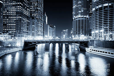 Chicago River At State Street Bridge Poster by Paul Velgos