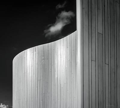 Curve Four Poster by Wim Lanclus