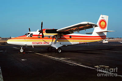 De Havilland Canada Dhc-6 Twin Otter, N64150 Poster by Wernher Krutein
