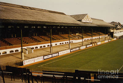 Fulham - Craven Cottage - East Stand Stevenage Road 2 - Leitch - August 1986 Poster by Legendary Football Grounds