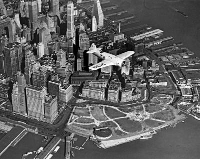 Hawk's Plane Over Battery Park Poster by Underwood Archives