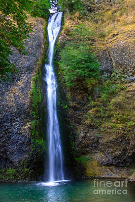 Horsetail Waterfall Poster by Robert Bales