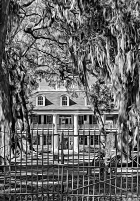 Houmas House Plantation 2 - Bw Poster by Steve Harrington
