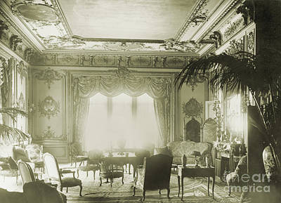 Interior Of Astor Mansion, New York Poster by Science Source
