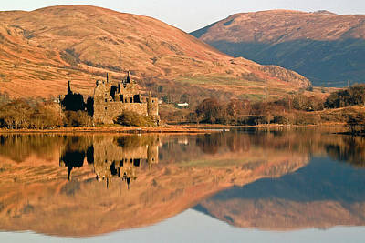 Kilchurn Castle In Autumn Poster by John McKinlay