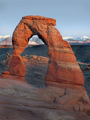 Last Light On Delicate Arch  Poster by Jeff Brunton