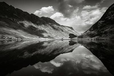 Loch Achtriochtan Poster by Dave Bowman