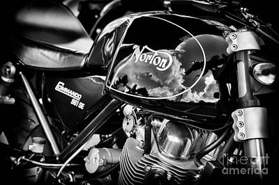 Norton Commando 961 Se Poster by Tim Gainey