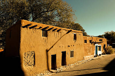 Oldest House In Santa Fe Poster by Jeff Swan
