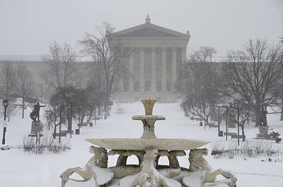 Philadelphia Art Museum From The West In Winter Poster by Bill Cannon