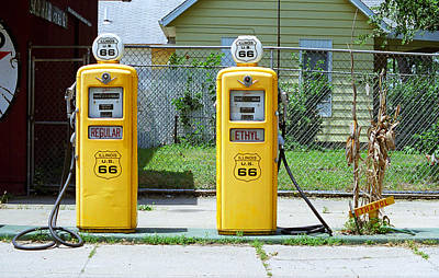 Route 66 - Illinois Gas Pumps Poster by Frank Romeo