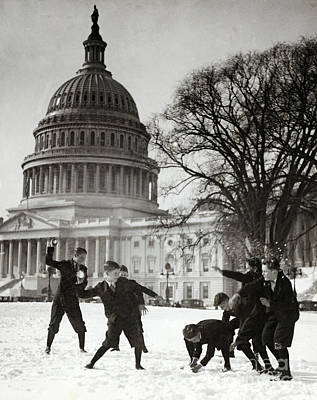Senate Page Snowball Fight, C.1909-1932 Poster by Science Source
