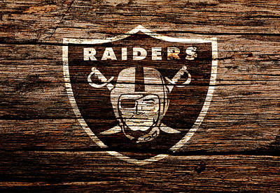 The Oakland Raiders 1e Poster by Brian Reaves