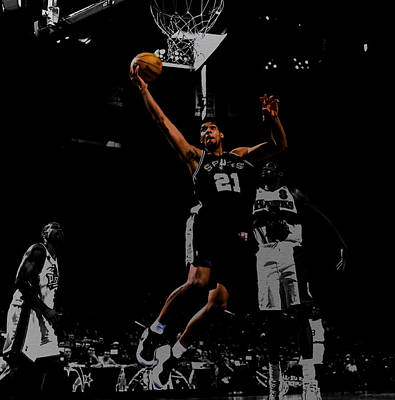 Tim Duncan 2a Poster by Brian Reaves