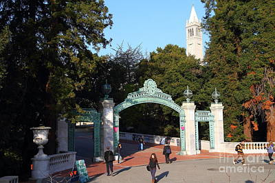 Uc Berkeley . Sproul Plaza . Sather Gate And Sather Tower Campanile . 7d10025 Poster by Wingsdomain Art and Photography