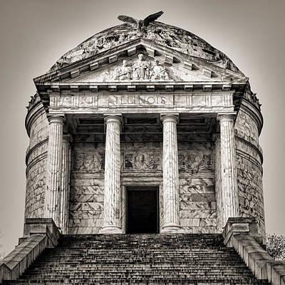 Vicksburg - Illinois Memorial In Black And White Poster by Stephen Stookey
